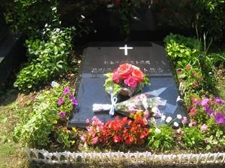 2012年5月16日(水)総務委員の墓地清掃 001.JPG